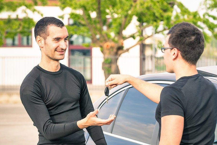 Покупка авто у знакомых